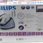 Philips GC8638/20 PerfectCare Aqua confezione
